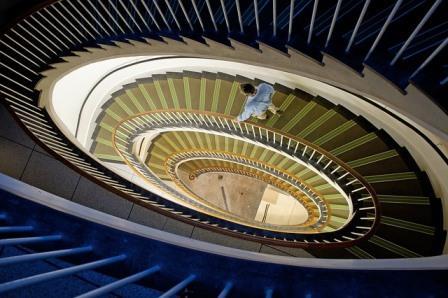 Ângulo diferenciado em uma escadaria