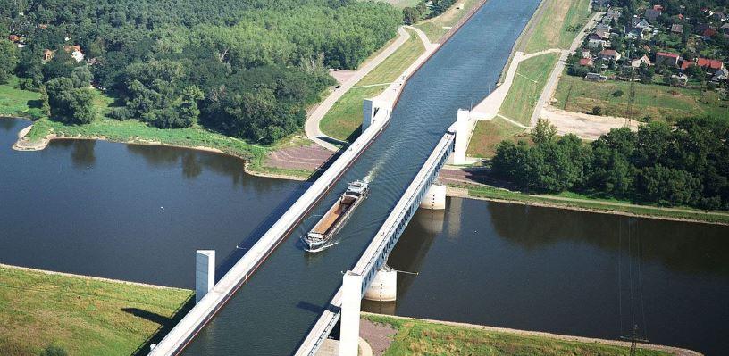 Aqueduto Magdeburg Alemanha