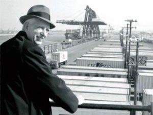Malcom Mclean - O inventor do Container