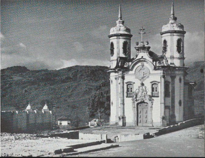 Igreja de São Francisco de Assis – Ouro Preto (MG) Foto: G. E. Kidder-Smith / Brazil Builds