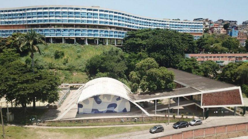 Obra do Pedregulho ao fundo. Foto: Michel Filho/ Prefeitura do Rio