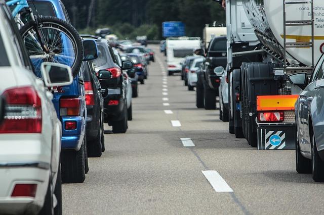 Rodovia Congestionada - Foto: RettungsgasseJETZTde / Pixabay